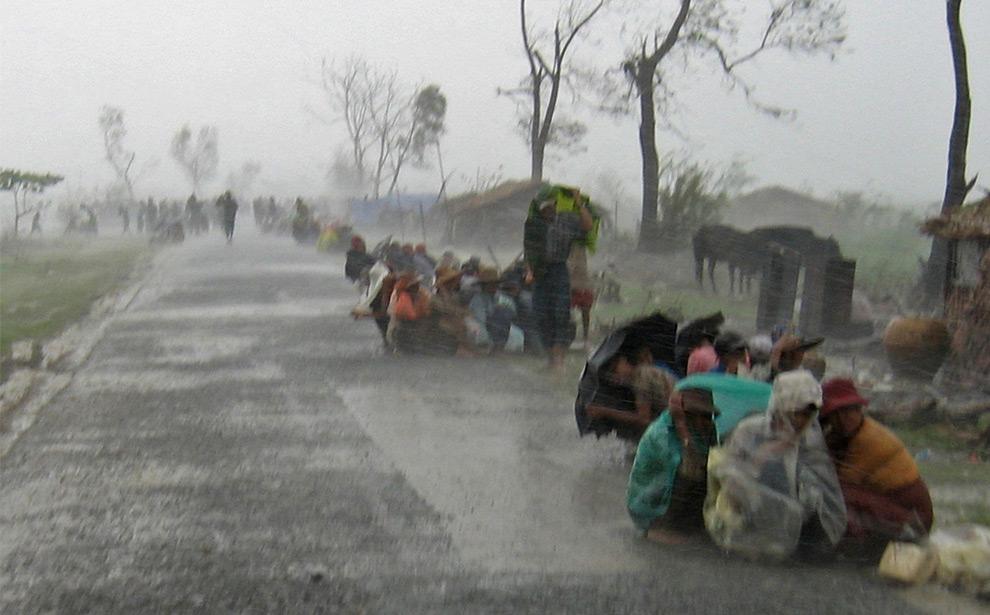 Жертвы циклона Наргис. Погибло приблизительно 146 000 человек. 19 мая 2008 год. REUTERS/Stringer