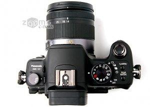 Panasonic G1 со снятым объективом