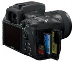 Слоты для карт памяти цифровой зеркальной фотокамеры Sony DSLR-A700