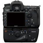 Задняя панель цифровой зеркальной фотокамеры Sony DSLR-A700 с вертикальной рукояткой
